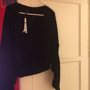 Aqua black sweater - size M